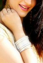 Priyanshi Ghoshal cute housewife