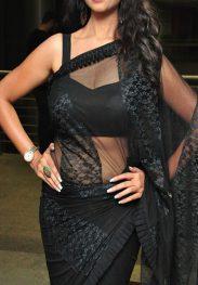 Kiran Verma Sexy Housewife